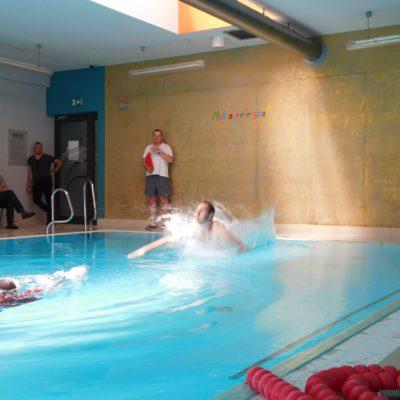 zawody na basenie